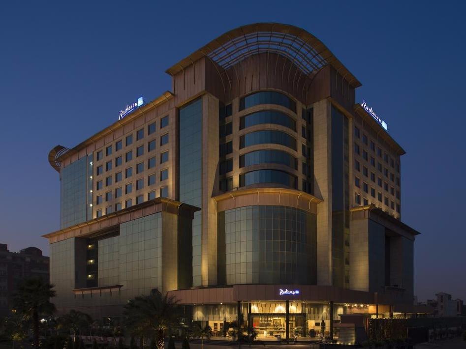 هتل RADISSON BLU KAUSHAMBI