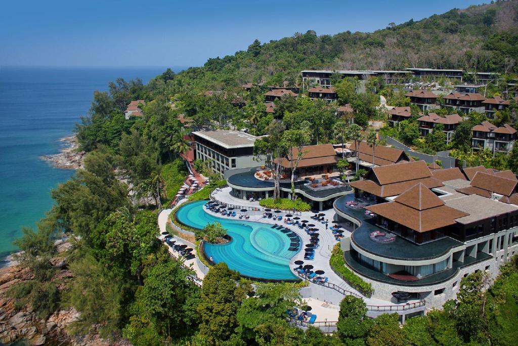 هتل Pullman Phuket Arcadia Naithon Beach