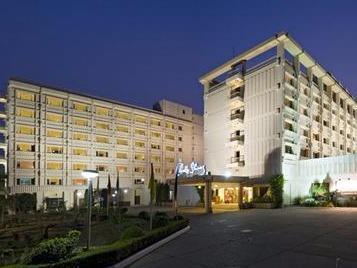 هتل Clarks Shiraz