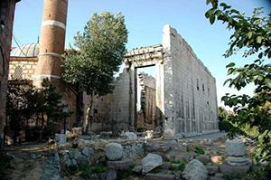 معبد-آگوستوس-و-روم-آنکارا